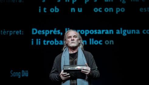 Lluís Homar wint Spaanse toneelprijs beste acteur met 'Het kleine meisje van meneer Linh'!