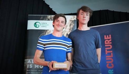 Jongtheaterprijs voor 'Moore Bacon!'